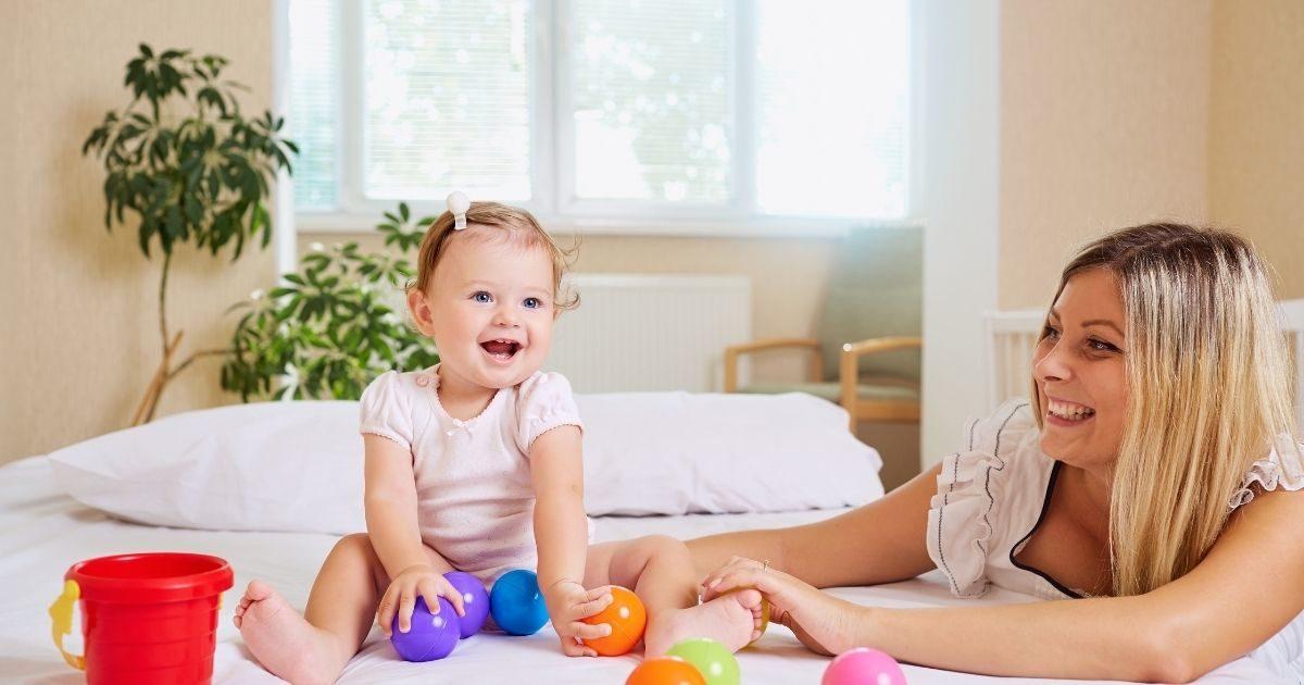 Zabawa z dzieckiem to kluczowy element budowania relacji